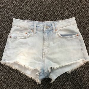 H & M Jean shorts size 6